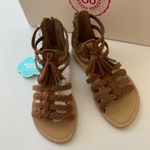 SO Spectator sandals
